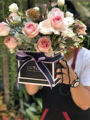 Honeydew Florist เป็นร้านดอกไม้ที่มีประสบการณ์ในการจัดดอกไม้สด